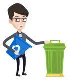 Mann mit Papierkorb und Abfalleimer Stockbilder