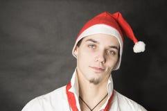 Mann mit Weihnachtshut Lizenzfreie Stockbilder