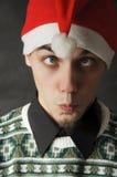 Mann mit Weihnachtshut Stockfoto