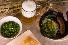 Mann ` s Abendessen Stockfotografie
