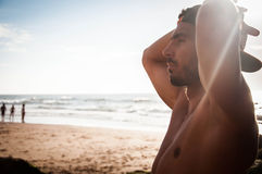 Mann am Strand Lizenzfreies Stockfoto