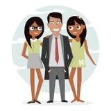 Mann umgeben von zwei schönen Mädchen Erfolgreicher Geschäftsmann in einer Klage, Macho- und hübsch Attraktiver Kerl im Urlaub Stockfotos