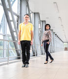 Mann-und Frau Geschäftszentrum Lizenzfreies Stockbild