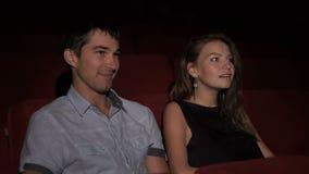 Mann und Frau im Kino stock footage
