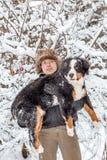 Mann und Hund Stockfoto