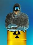 Mann und radiactive Becken Stockfoto