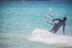 Mannelijk Kit Surfer Stock Afbeeldingen