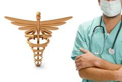 Mannelijke arts met medisch pictogram royalty-vrije illustratie