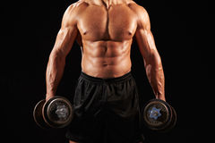 Mannelijke bodybuilder die met zware domoor, gewas uitwerken royalty-vrije stock afbeeldingen
