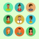 Mannelijke en vrouwelijke gezichtenavatars Vlakke vector geplaatste pictogrammen Royalty-vrije Stock Fotografie