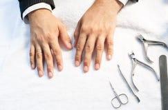 Mannelijke manicure Stock Foto