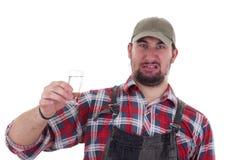 Mannen gillar inte alkohol Fotografering för Bildbyråer