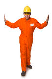 Mannen i orange overaller som isoleras på vit Arkivfoton
