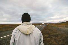 Mannen med inget Hake-fotvandra för framsida Fotografering för Bildbyråer