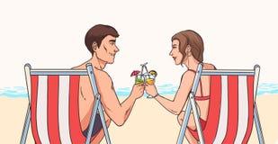 Mannen och kvinnan sitter i solstolar på den sandiga stranden framme av havet och klirrar exponeringsglas av exotiska coctailar,  stock illustrationer