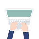 Mannen räcker arbete på bärbara datorn, bästa sikt på vit bakgrund, vektorillustration i modern plan design Royaltyfri Bild