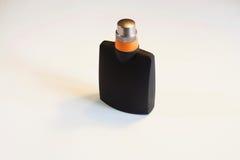 Mannen ` s, vrouwen` s parfum op witte achtergrond wordt geïsoleerd die Royalty-vrije Stock Fotografie