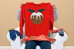 Mannen - se vad jag fick för jul Fotografering för Bildbyråer