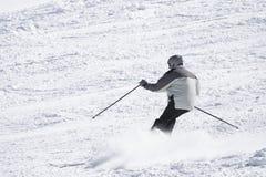 mannen skidar vinter Royaltyfria Foton