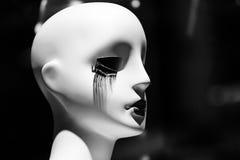 Mannequin avec de longues mèches d'oeil Photo stock