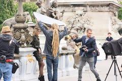 Mannequin die zitting schieten Stock Foto