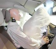 Mannequin in einem Auto Stockfotos