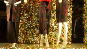 Mannequin-frohe Weihnachten stock video footage