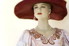 Mannequin im roten Hut stockfoto
