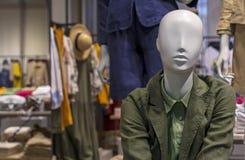 Mannequin kobieta z latem odziewa ?e?ska atrapa zdjęcie royalty free