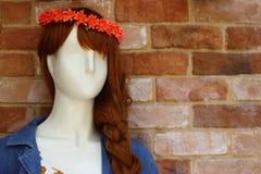 Mannequin nel negozio dei vestiti Immagine Stock