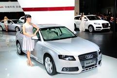 Mannequin op Audi A4L zaalauto Royalty-vrije Stock Afbeelding