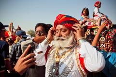 Mannequin plus âgé avec la barbe blanche, Inde Image libre de droits