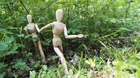 Mannequins, die zusammen laufen Stockfoto
