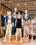 Mannequins in fashion shop Royalty Free Stock Images