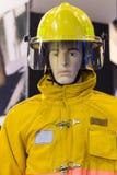 Mannequins z pożarniczego boju kostiumem; Osobisty ochrony wyposażenie obrazy stock