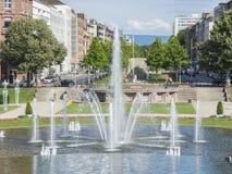 Mannheim, Friedrichsplatz, le parc de ville dans l'heure d'été Photographie stock