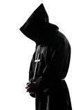Mannmönchpriester-Schattenbildbeten Lizenzfreie Stockbilder