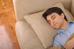Mannschlafen Lizenzfreie Stockbilder