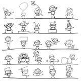 Mano che disegna i bambini felici Immagine Stock