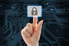 Mano che spinge il bottone virtuale di sicurezza Immagini Stock Libere da Diritti