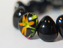 Mano colorida negra de la pulsera Foto de archivo libre de regalías