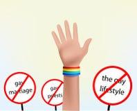 Mano con il simbolo del gay del braccialetto Immagine Stock Libera da Diritti