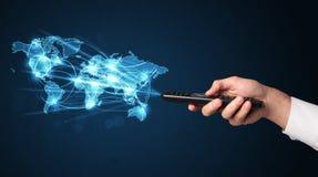 Mano con telecomando, concetto sociale di media Fotografia Stock