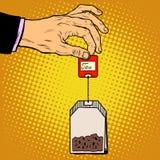 Mano de la bolsita de té libre illustration