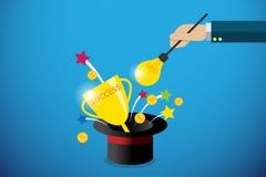 Mano del negocio que sostiene la vara mágica de la bombilla para conseguir el trofeo y monedas del éxito, idea y concepto del neg Imagenes de archivo