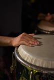 Mano del Percussionist Imagen de archivo