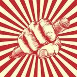 Mano del puño del lápiz del grabar en madera de la propaganda Fotografía de archivo libre de regalías