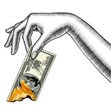 Mano del ` s de la mujer con la quema de un billete de banco de 100 dólares Imagenes de archivo