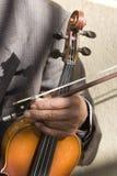 Mano del viejo violín Fotos de archivo