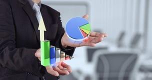 Mano dell'uomo d'affari che mostra grafico 3d Fotografie Stock